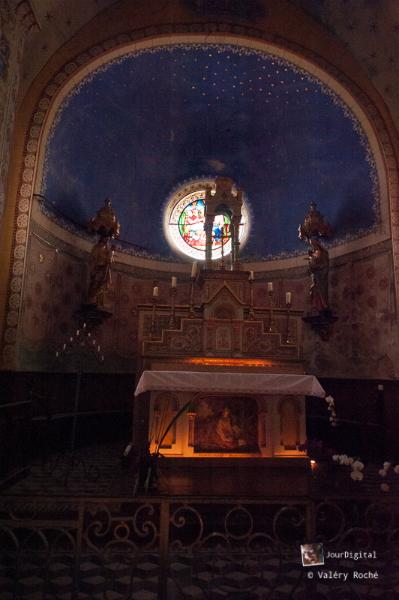 Rennes-le-Château, l\'autel de l\'église